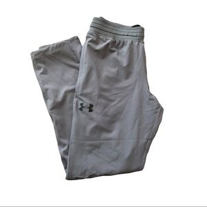 Under Armour Large Tapered Athletic Pants - L